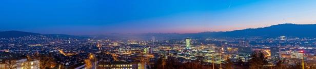Zürich Skyline Panorama blaue Stunde