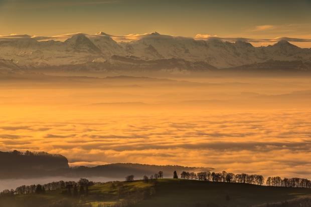 Nebelmeer im Mittelland. Aussicht von Passzwang