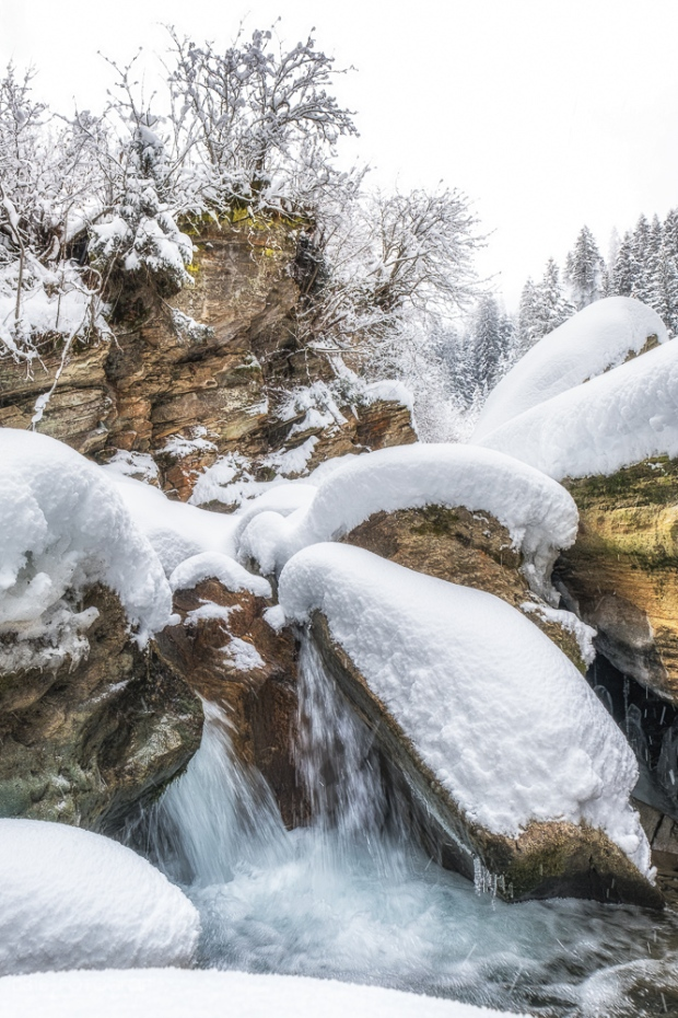 bergbach, valser rhein, winter, vals, winterlandschaft, valsertal, landschaftsfotografie, landschaften, schweiz, graubünden