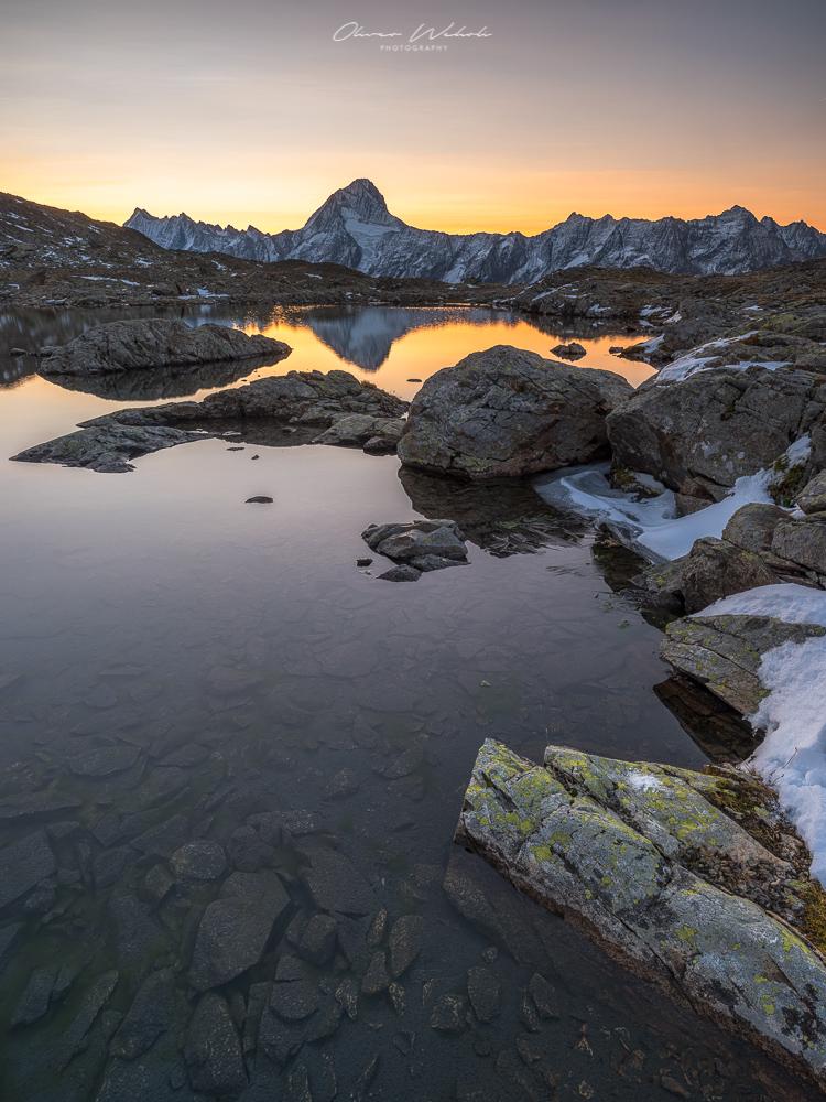 Bietschhorn, Bergsee Spiegelung, sonnenaufgang, sunrise, wallis, lötschenpass, fujifilm gfx landscape, gfx landscape photography, lötschental, schweiz, schweizer landschaft, swiss landscape, landschaftsfotografie schweiz, landschaftsfotografie wallis